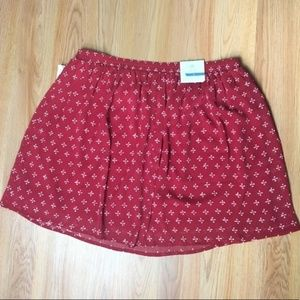 NWT Old Navy Red Printed A-line Skirt Size M